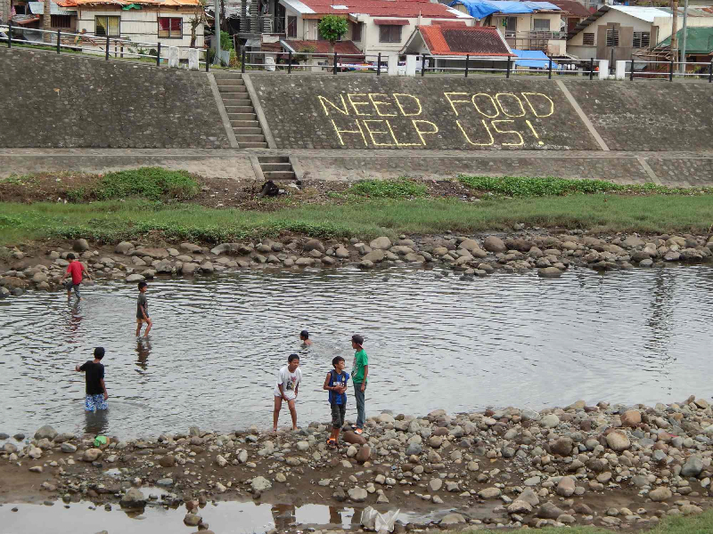 9-help-sign-river